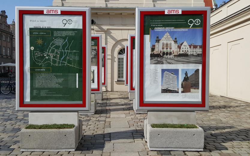 Wystawa jubileuszowa dla UEP
